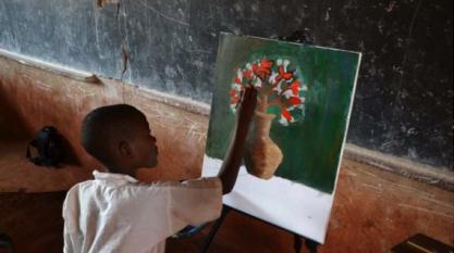École dans les camps de réfugiés